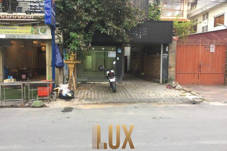 LUX-39375-9
