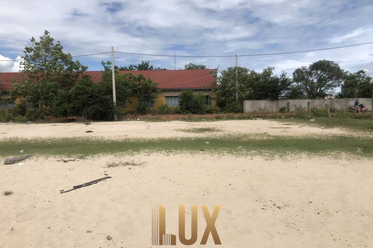 LUX-33883-12